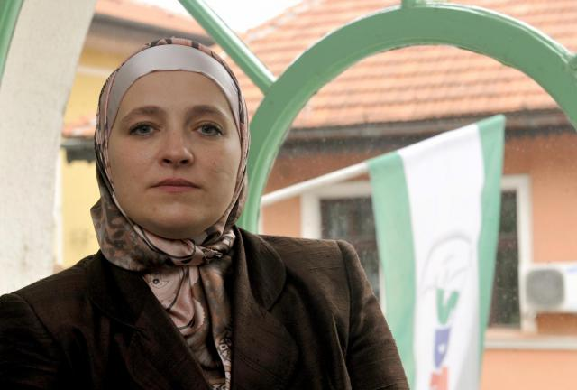 amra-babic-hijab-bosnia-europe-politics