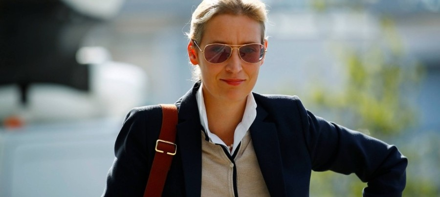 alice-weidel-mit-coming-out-auf-afd-wahlkampfbuehne